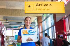 Round-Trip Transfer compartilhado: Reina Beatrix Aeroporto