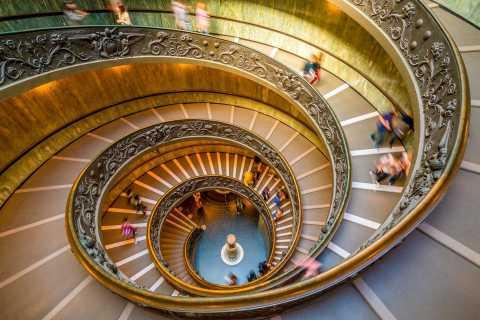 Tour de los Museos Vaticanos y San Pedro con tumbas papales