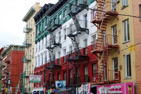 New York: Guided Wall Street, Little Italy & China Town Tour
