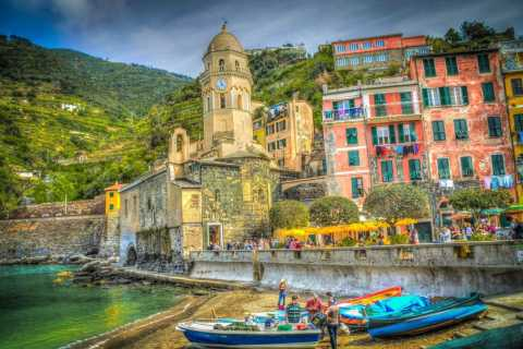From Rome: Private Day Tour of Pompeii & Amalfi Coast