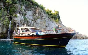 Sorrento: Positano and Amalfi by Boat