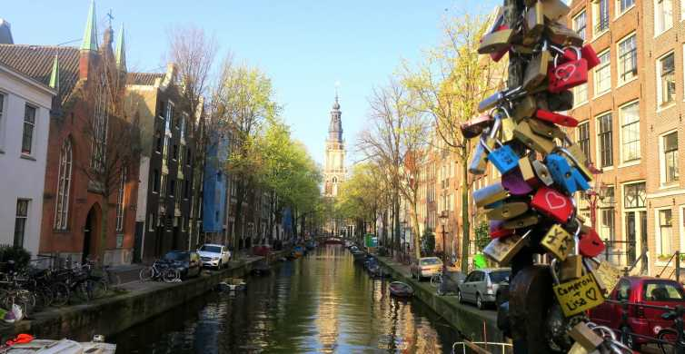 Amsterdam: City Centre Beer Tour and Discovery Game