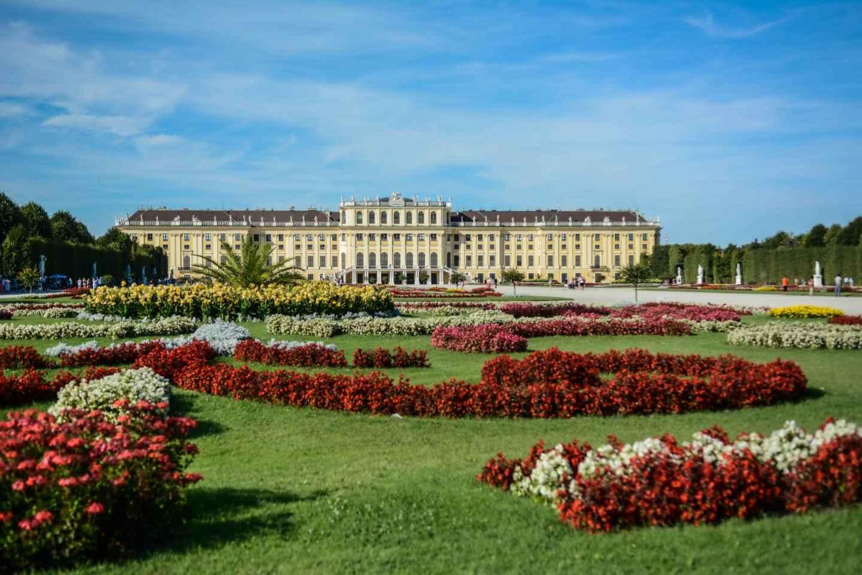 Schloss Schönbrunn & Garten: Geführte Tour ohne Anstehen