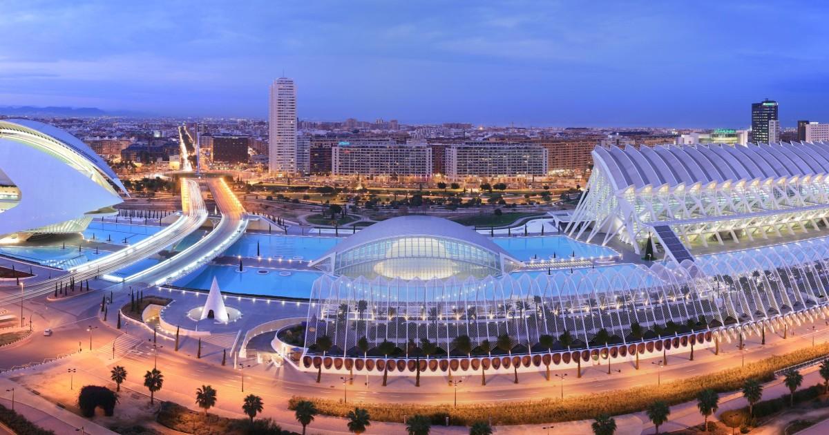 Valencia: Hemisferic, Science Museum & Oceanografic Pass