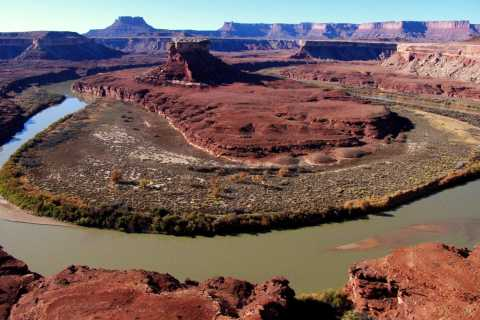 From Moab: Half-Day Canyonlands Island in the Sky 4x4 Tour