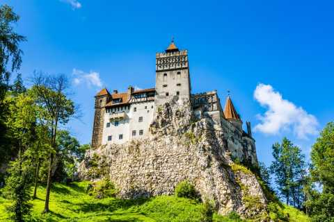 Bucharest: Dracula's Castle and Brasov Guided Tour