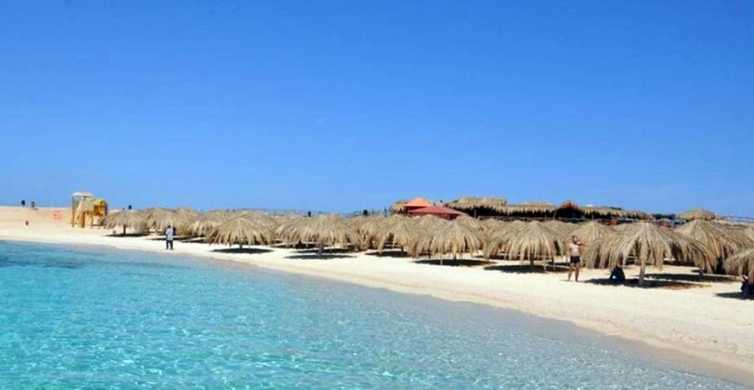 From Hurghada: Paradise Island Full-Day Snorkeling Tour