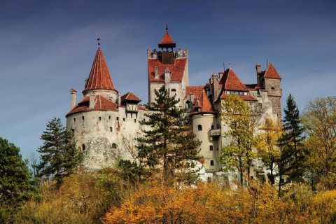 Bucharest: Dracula's Castle & Brasov Small Group Guided Tour
