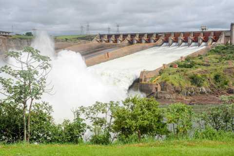Itaipu Dam Tour with Admission Ticket from Foz do Iguaçu