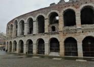 Von Venedig: Verona-Rundgang mit Transport
