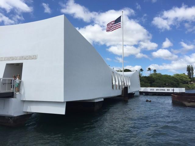 Pearl Harbor & USS Arizona Memorial Tour + City & Punchbowl