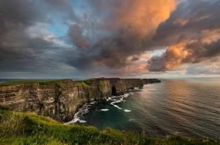 Ab Dublin: Tagesausflug nach Galway & zu den Cliffs of Moher