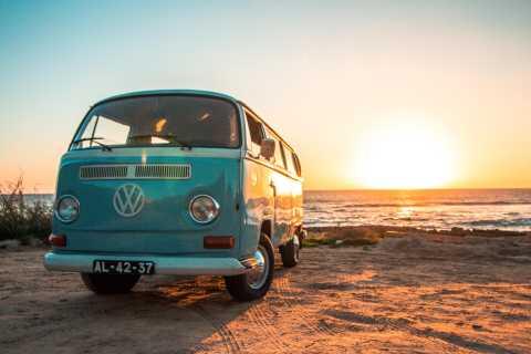 Algarve: tour al tramonto in VW T2 a Portimão e Carvoeiro