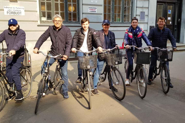 Kopenhagen: Fahrradverleih und Kaffee