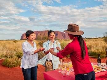 Uluru: Sonnenuntergang, Sekt, Käseplatte & Gourmet-BBQ