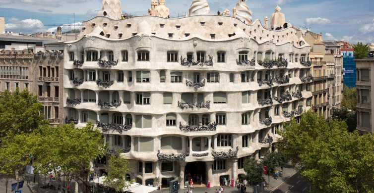 Casa Milà-La Pedrera: Skip The Line Ticket & Audio Guide