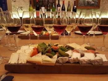 Paris: Die ultimative Wein- und Käseprobe