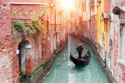 Venice: Traditions, Myths, and Lifestyle Tour