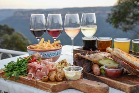 Echo Point: Tasting Platter with Beer or Wine at Lookout