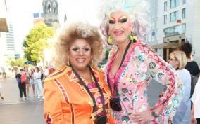 Berlin: Olivia Jones' Drag Queen Tour with Gloria Glamour