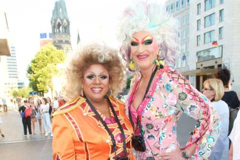 Berlin: Olivia Jones' Dragqueen-Tour mit Gloria Glamour