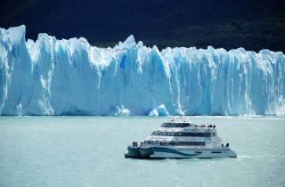 Gletscher-Gourmet-Erlebnis: Boots-Tagestour mit Mittagessen