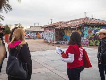 Lonely Planet-Erlebnisse: Vintage Vegas Arts District Tour