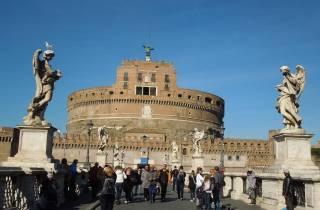 Rom: Engelsburg-Kleingruppentour mit Einlass ohne Anstehen