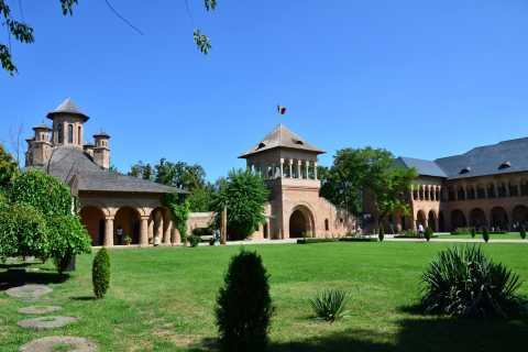 Escape de Bucarest: Mogosoia Palace, Snagov & Therme Spa