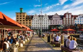 Bergen Shore Excursion: Bergen Walking Tour