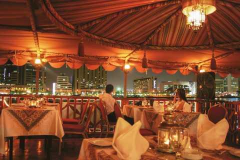 Dubai: Sejltur i dhow på Dubai Creek med middag