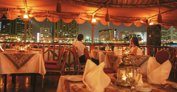 Dubai: Middagscruise i dhowbåt langs Dubaibukta