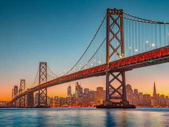 San Francisco Bootsfahrt mit Abendessen und Tanz. Foto: GetYourGuide