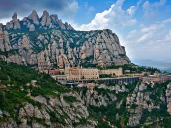 Montserrat: Tour am Morgen oder Nachmittag mit Abholung