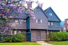 Salem: 1692 Caminhada de julgamentos de bruxaria