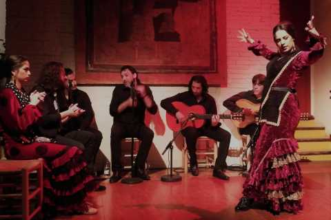 Barcelona: Flamenco Show & Iberia Dinner at Tablao de Carmen