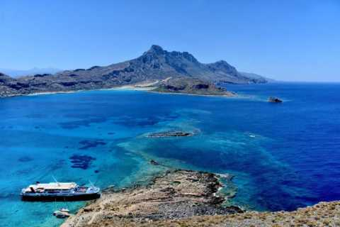 Georgioupolis: Bus Transfer to Kissamos Port/Balos Cruise