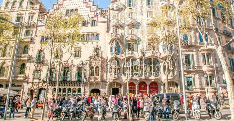 Barcelona: Casa Batlló Entrance Ticket with Smart Guide
