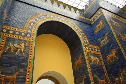 Berlin: Pergamon & New Museum Tour and Museum Island Pass