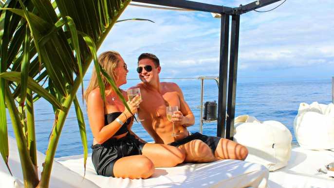 Gran Canaria: Half-Day Luxury Catamaran Cruise with Food