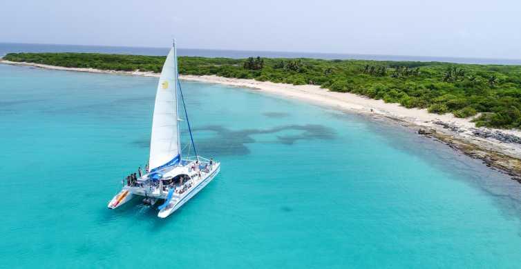 Fajardo: Catamaran and Snorkel to Deserted Icacos Island