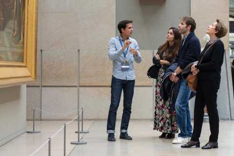 Paris: Orsay Museum + Montmartre Skip-the-Line Guided Tour