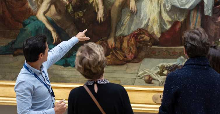 Paris: Louvre Must-See Tour with Skip-the-Ticket-Line