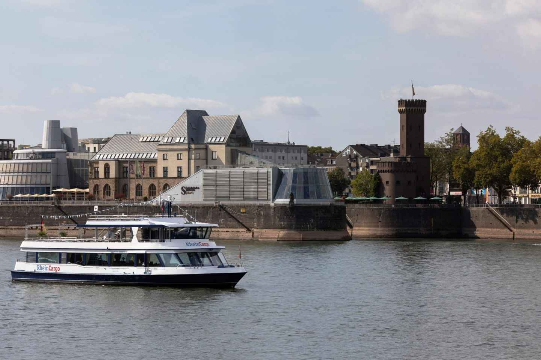 Köln: Hafenrundfahrt