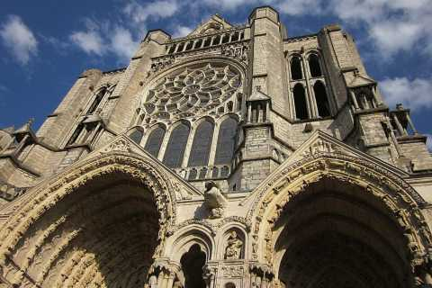 Chartres Cathedral and Old Town: 6-Hour Tour from Paris