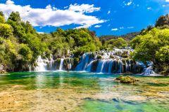 De Split: Excursão Cachoeiras de Krka e Degustação de Vinhos