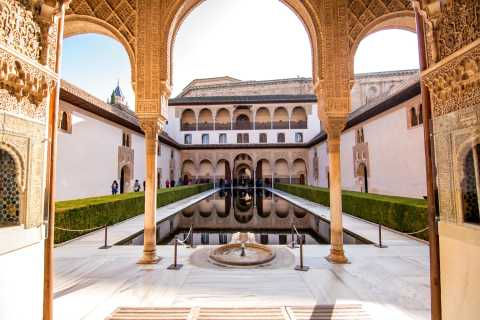 Day Trip to Granada from Seville: Alhambra and Albaicín