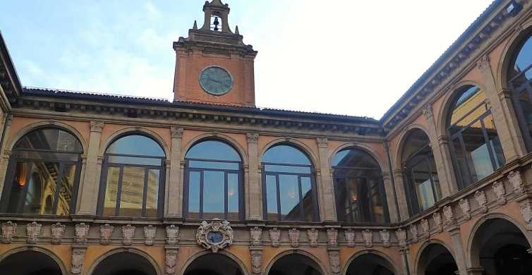 Bologna: Guided Archiginnasio Visit with Food Tasting