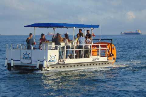 Barcelona: 1,5 uur privé schilderachtige pedaalboottocht