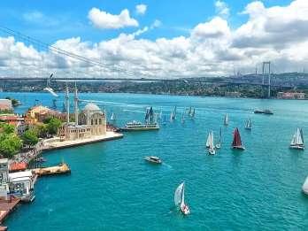 Istanbul: Bootsfahrt auf dem Bosporus ab Pier Eminönü